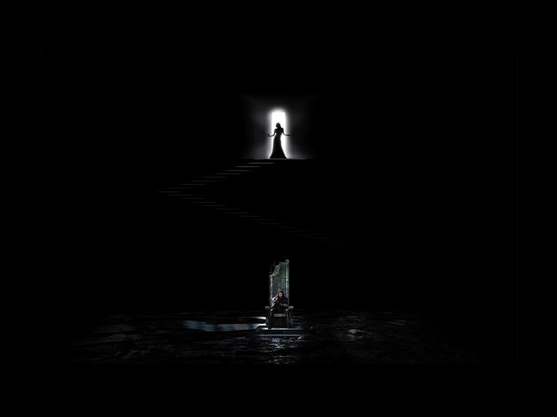 IL CASTELLO DEL DUCA BARBABLÙ <br> L'ingresso di Giuditta nel Castello.<br> Una luce accecante accompagna l'ingresso di Giuditta. Esattamente sopra Barbablù si staglia la figura della donna che preannuncia l'atto volitivo che condurrà nei confronti del consorte.